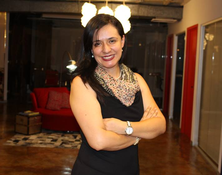 matchmaker Perla Leal